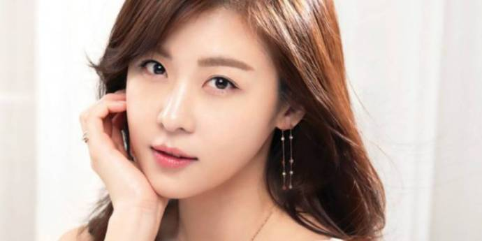 ha-ji-won_stylus
